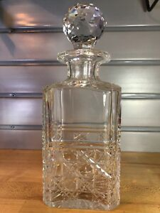 Edinburgh-Scotland-Crystal-Cut-9-75-034-Whiskey-Scotch-Decanter-Faceted-Stopper
