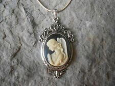 ANGEL PRAYING WITH WINGS CAMEO NECKLACE!!! .925 SILV. PLATED CHAIN!!! RELIGIOUS