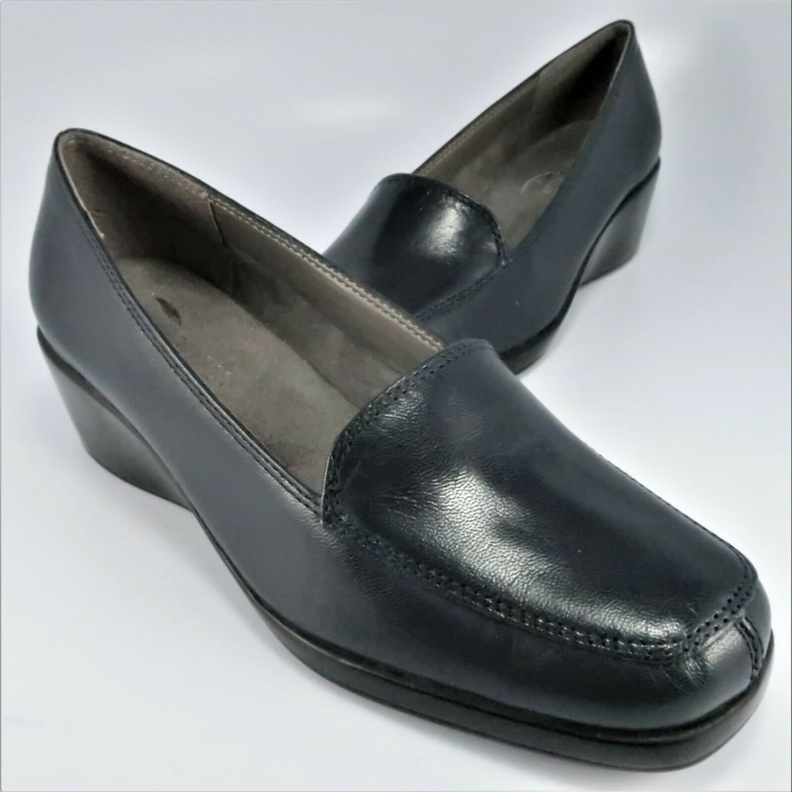 NEW - Aerosoles FINAL EXAM Wedge Loafers Womens Size 6.5M Navy Leather Slip-Ons