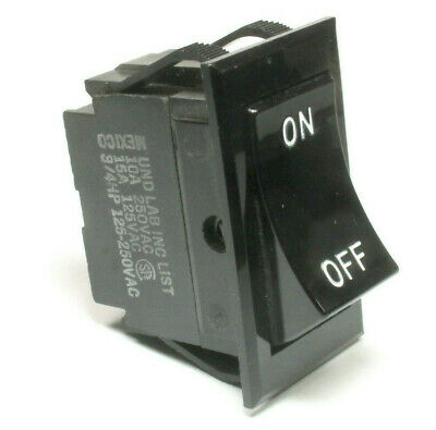 On//Off Covered Lighted Rocker Switch 108394-01