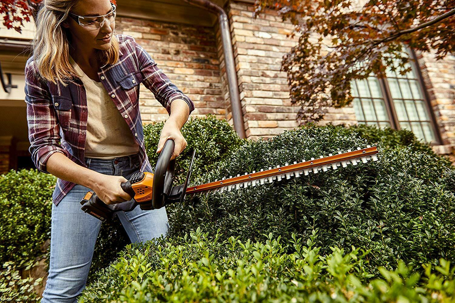 Black and Orange WORX WG261 20V Power Share 22 Inches Cordless Hedge Trimmer