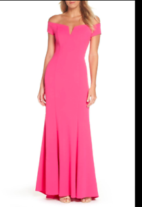 Vince Camuto Notched Off the Shoulder Trumpet Gown Pink Size 6 Retail  228