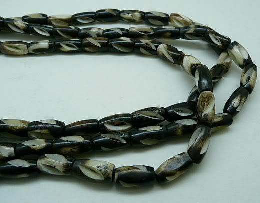 """Buffalo Carved Bone Beads 1 1//2/"""" Hairpipe White /& Brown Spiral Cut 16/"""" Strand"""