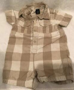 230679cca9f9 Baby Gap Baby Boy Shortall Romper In VGUC size 6-12 Months (BIN AE ...