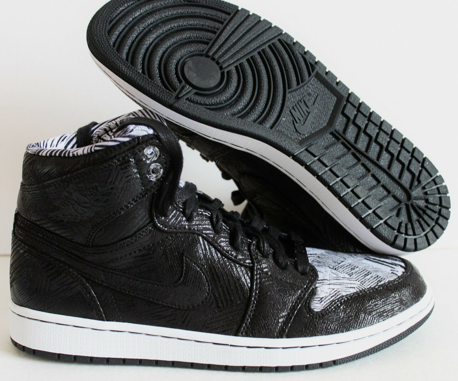 AIR JORDAN 1 RETRO HIGH BHM BLACK HISTORY MONTH SZ 10.5  [579591-010]
