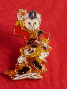 Official-Rupert-Bear-Doing-a-Scottish-Highland-Jig-Fling-Enamel-Pin-Badge-Red