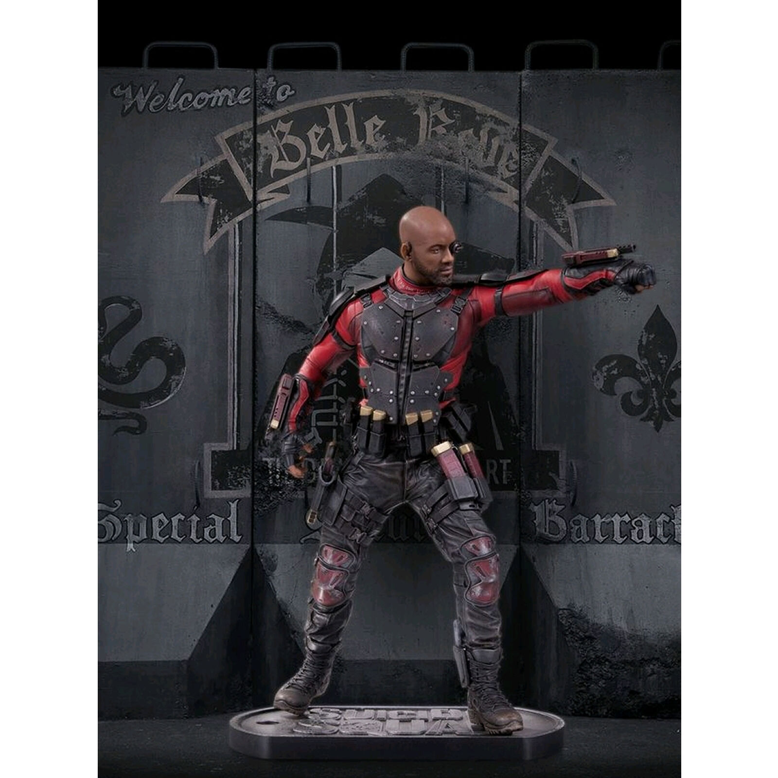 SUICIDE SQUAD - DEADSHOT  STATUE - DC COMICS - Sculpted by Adam Ross 12  tall