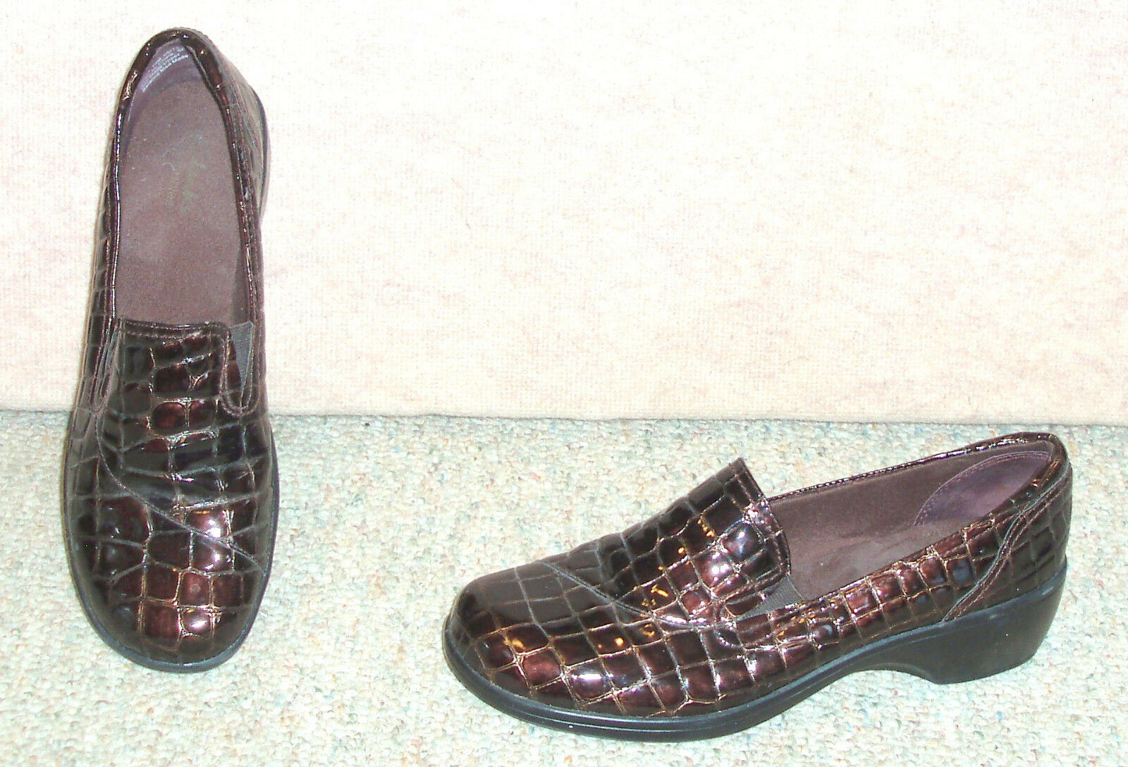 Women's brown CLARKS bendables slip on M shoes , sz 10 M on 28a092