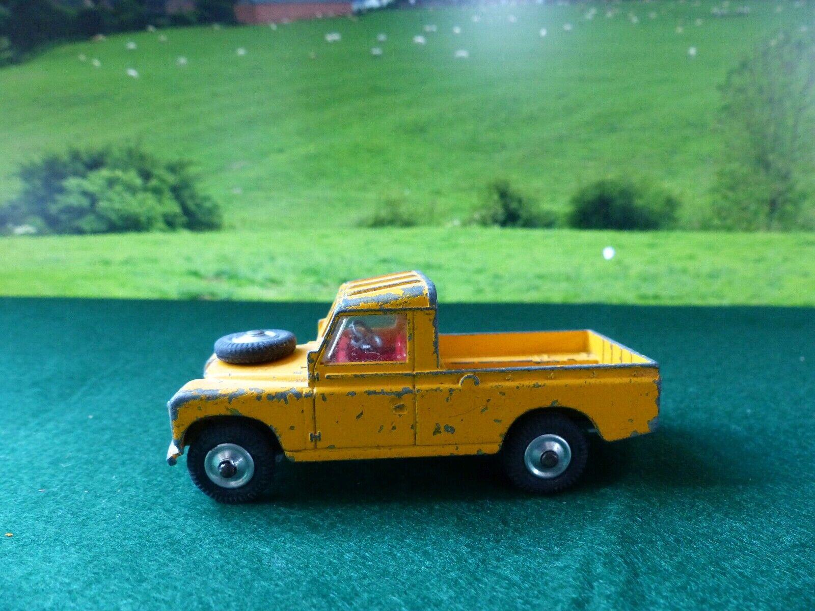 Corgi Toys 406S Land Rover (1)