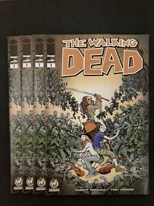 Image-THE-WALKING-DEAD-1-Wizard-World-Comic-Con-Exclusive-Variant-Austin