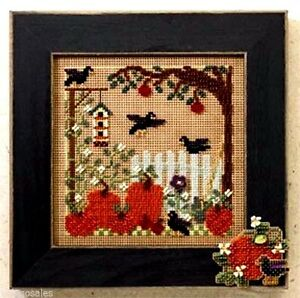 Mill-Hill-Buttons-Beads-Counted-Cross-Stitch-Kit-PUMPKIN-PATCH-Sale-14-6201