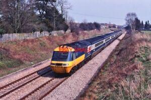 PHOTO-HST-INTER-CITY-125-LIVERY-AT-ENBORNE-1980S
