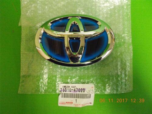 Genuine Toyota Prius 12-16 Rear Emblem 75310-47020