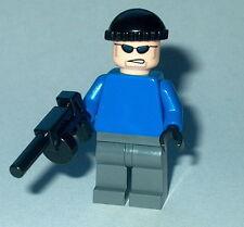 BATMAN #26 Lego Mr Freeze Henchman w/acc (Blue torso Genuine LEGO 7783 1st issue