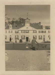 PHOTO-ANCIENNE-VINTAGE-SNAPSHOT-EXPOSITION-COLONIALE-PAVILLON-AMERIQUE-1931