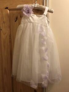 30cbe63553a Flower Girl Dress Gown Age 4 Debenhams Lilac Lavender Petals White ...