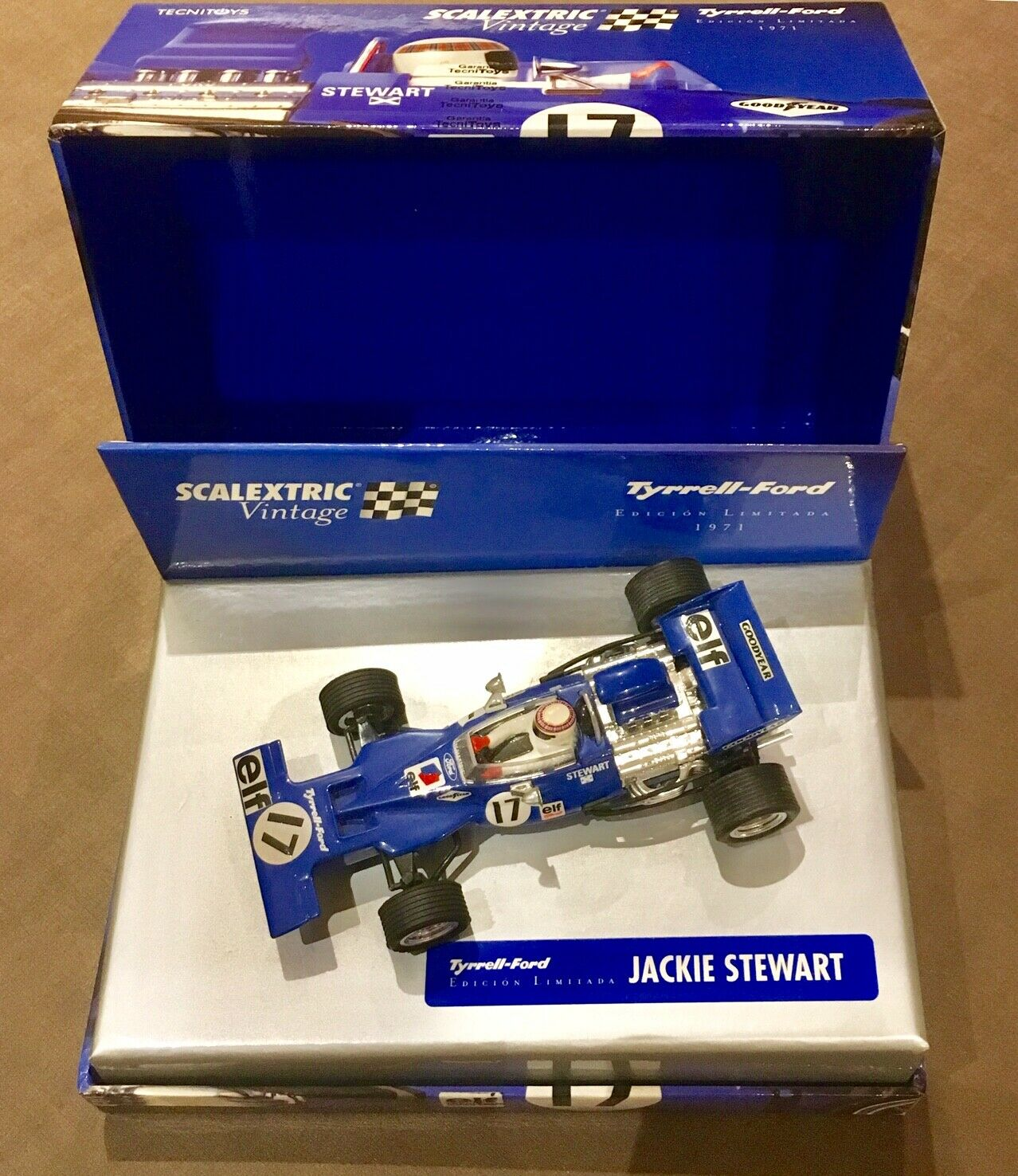 SCX Slot Scalextric 6178 Tyrrell-Ford 001 F1 Vintage Edition