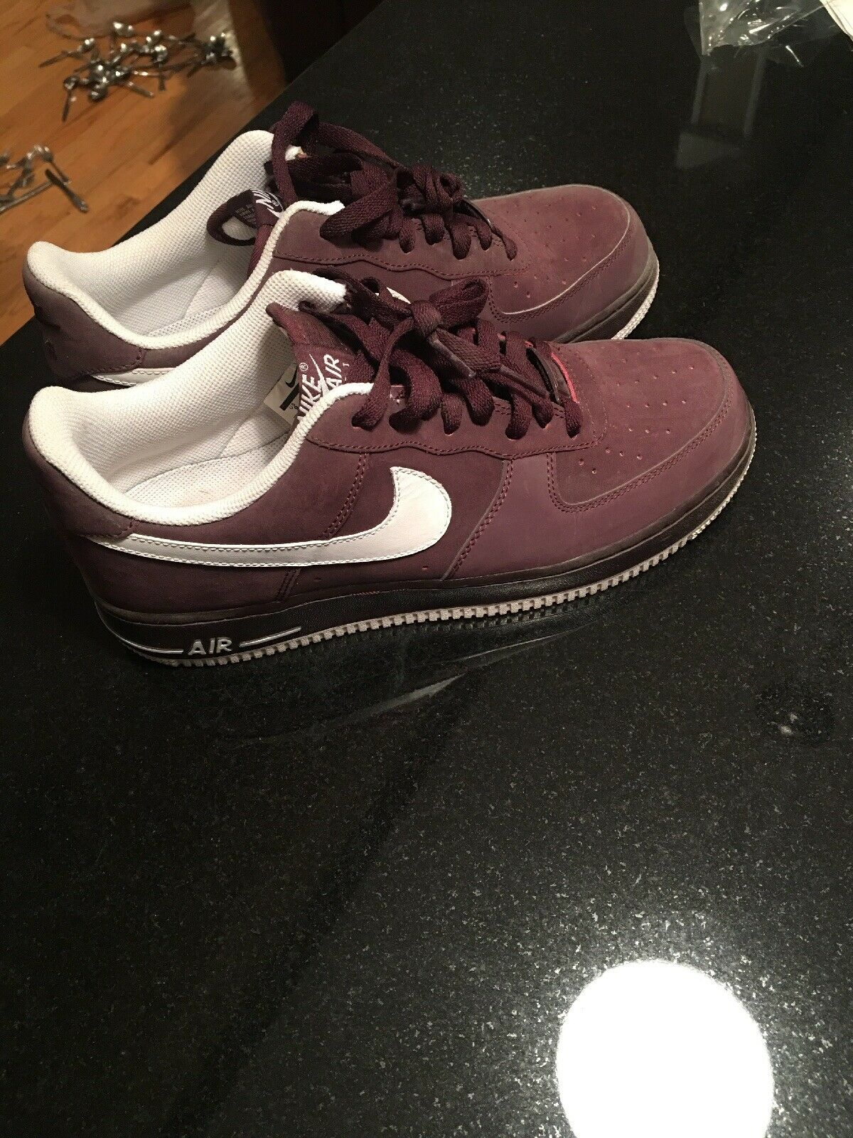 Mens Nike Air Force One AF1 Size 9