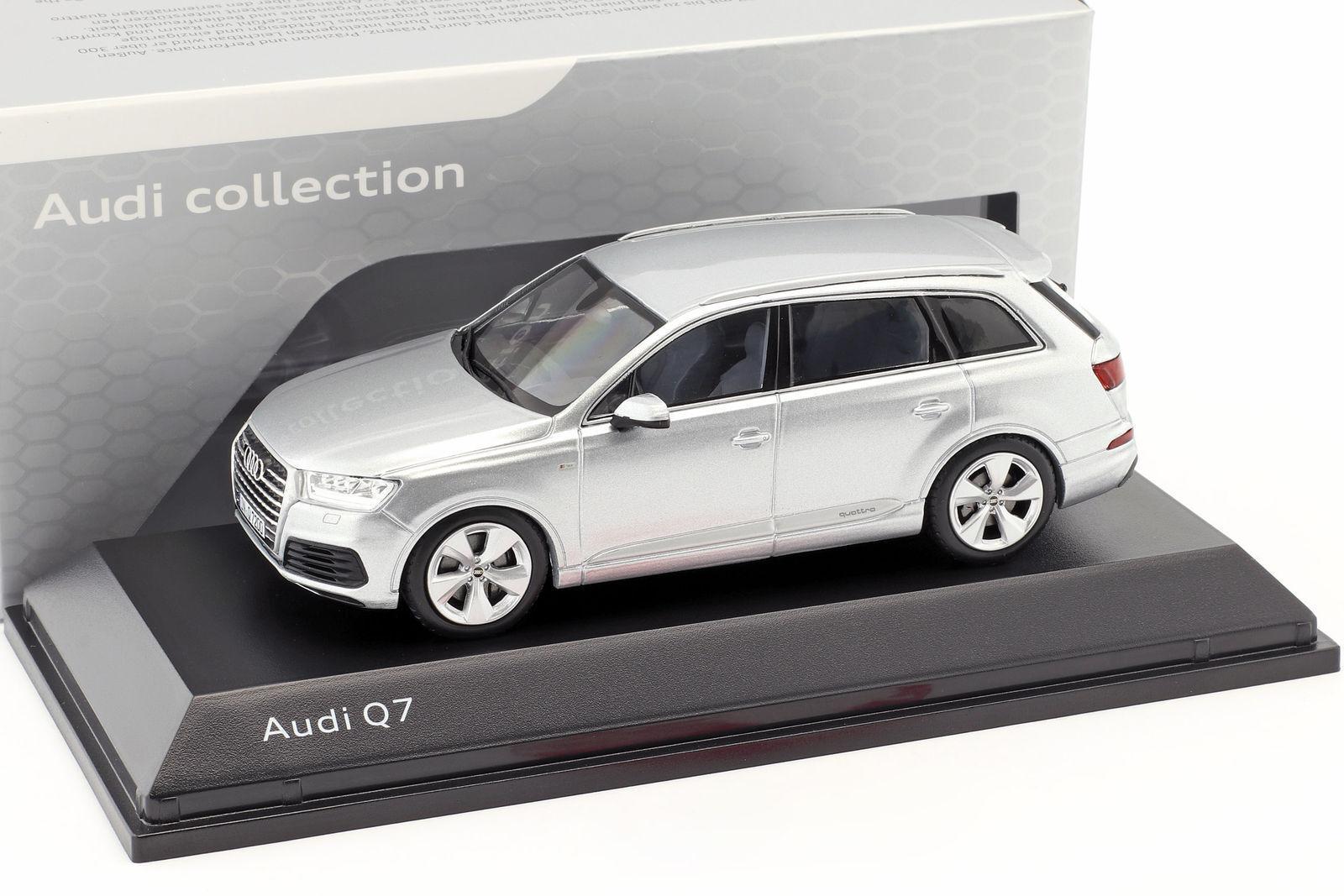 Audi Q7 2015 1 43 Spark