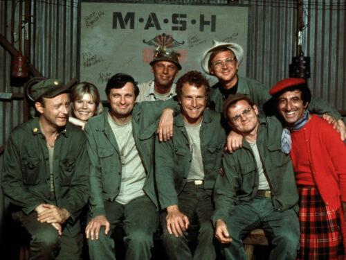 MASH M*A*S*H* Cast Alan Alda Loretta Swit Wayne Rogers Jamie Farr Glossy Photo