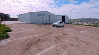 Se renta bodega comercial de 400 m2 en La Cuestecita (Santa Fe) Tijuana PMR-846