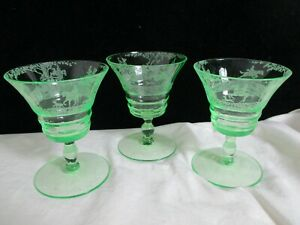 Cambridge-Light-Emerald-Green-Imperial-Hunt-Cordial-Goblets-Etched-Glass-Set-3