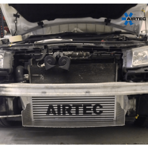 AIRTEC-95MM-CORE-INTERCOOLER-UPGRADE-WITH-AIR-RAM-SCOOP-FOR-MEGANE-2-225-AND-R26