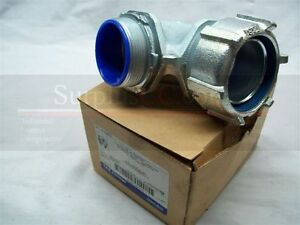 T-amp-B-Fitting-Flexible-metal-Conduit-Connector-5357-90-2-034