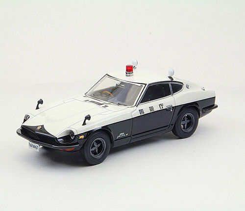 Nissan Fairlady Z High Way patrullera 1969 1 43 Förlaga 44495 EBBRO