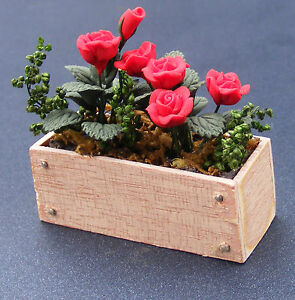 Dolls House Wooden Window Box with Pink /& White Flowers 1:12 Scale Accessory