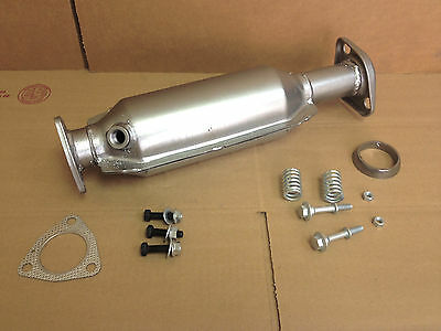 1996 1997 1998  Honda Civic EX Si Catalytic converter DIRECT FIT , FREE HRDWARE