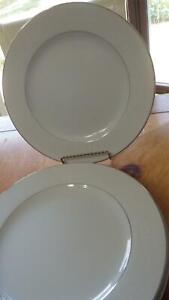 "Crown Victoria Lovelace Bread Butter Dessert Plates 4 6.25"" platinum trimmed"