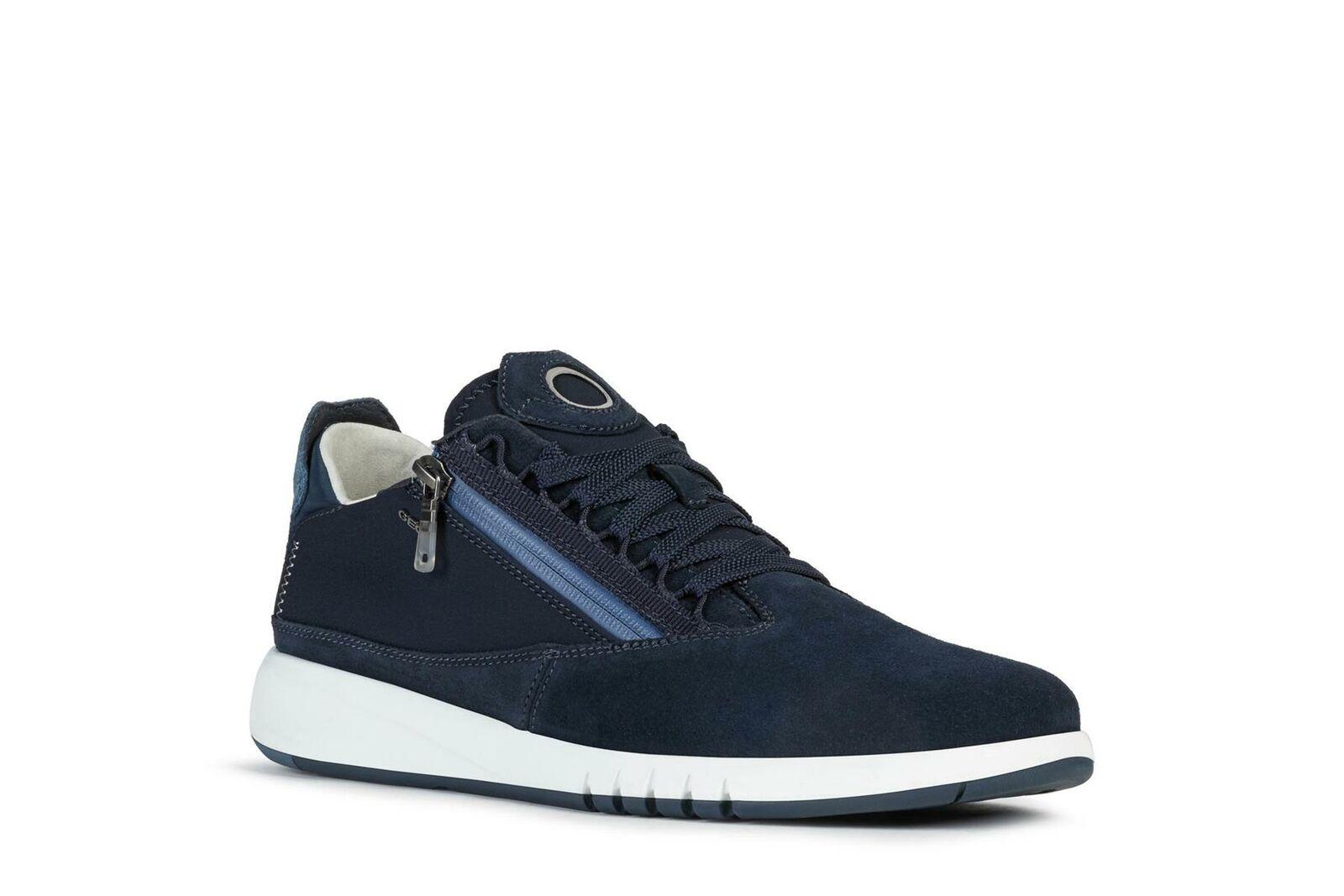 GEOX Mens Low Cut Ultra Breathable Sneakers (Aerantis) in Navy