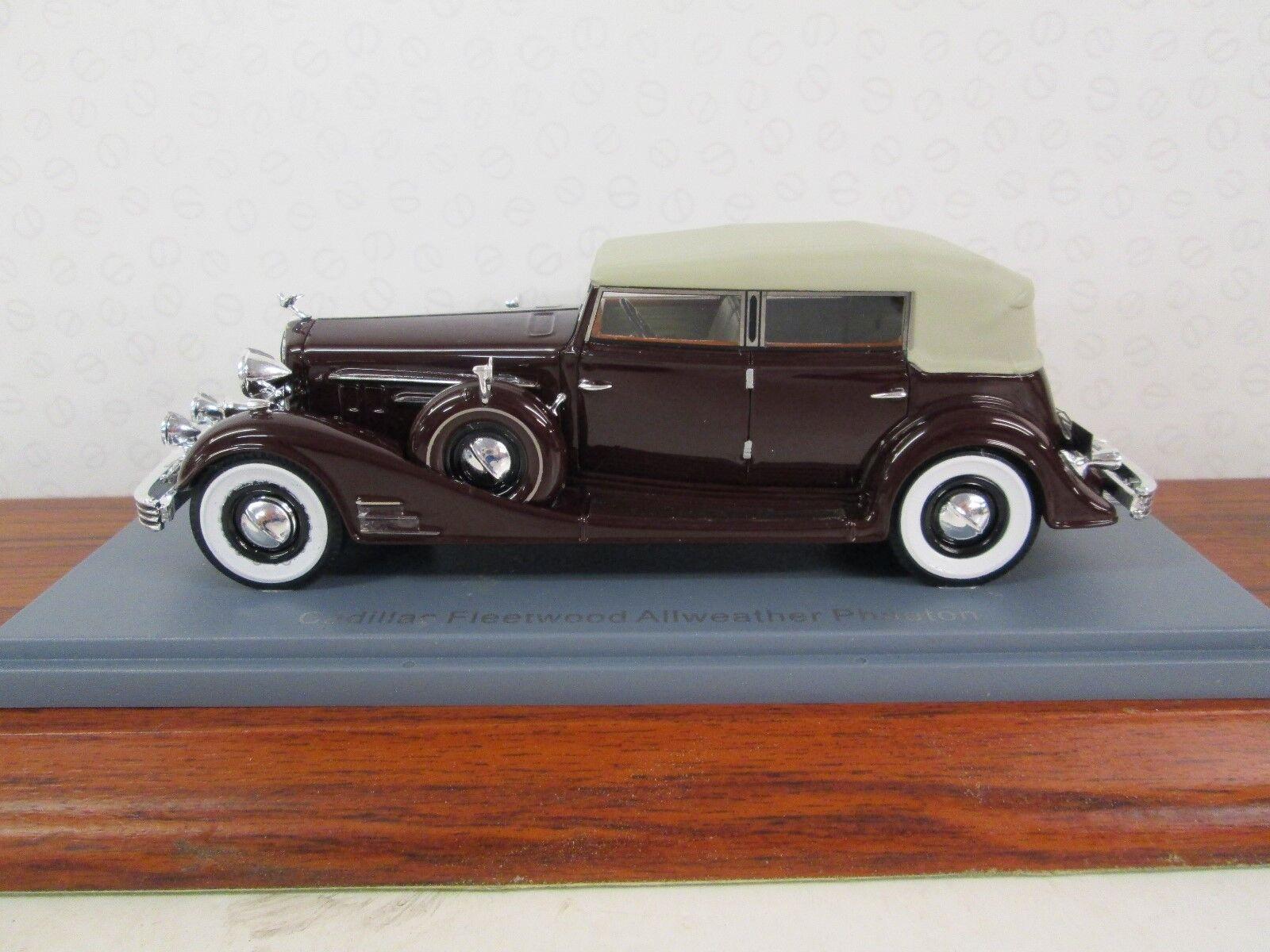 NEO Cadillac Fleetträ Allweather Phaeton.Maroon 1  43.00045765