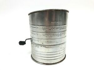 Vtg-BROMWELL-039-S-Measuring-Sifter-2-5-Cup-Flour-Country-Kitchen-Decor-Metal-USA