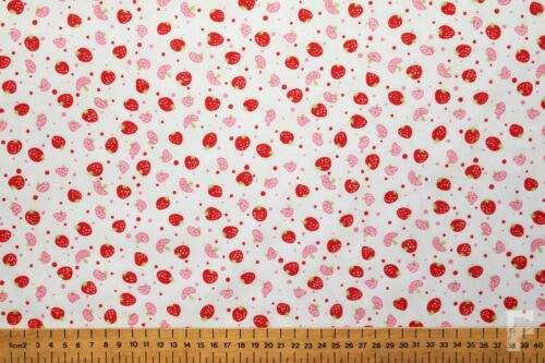WIDTH 114 CM STRAWBERRIES STRAWBERRY PRINTED POLY COTTON FABRIC