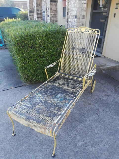 Wrought Iron Patio Chaise Lounge