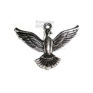 1-BRELOQUE-CHARM-PERLE-OISEAU-AILES-DEPLOYEES-CREATION-BIJOUX-COLLIER-B362