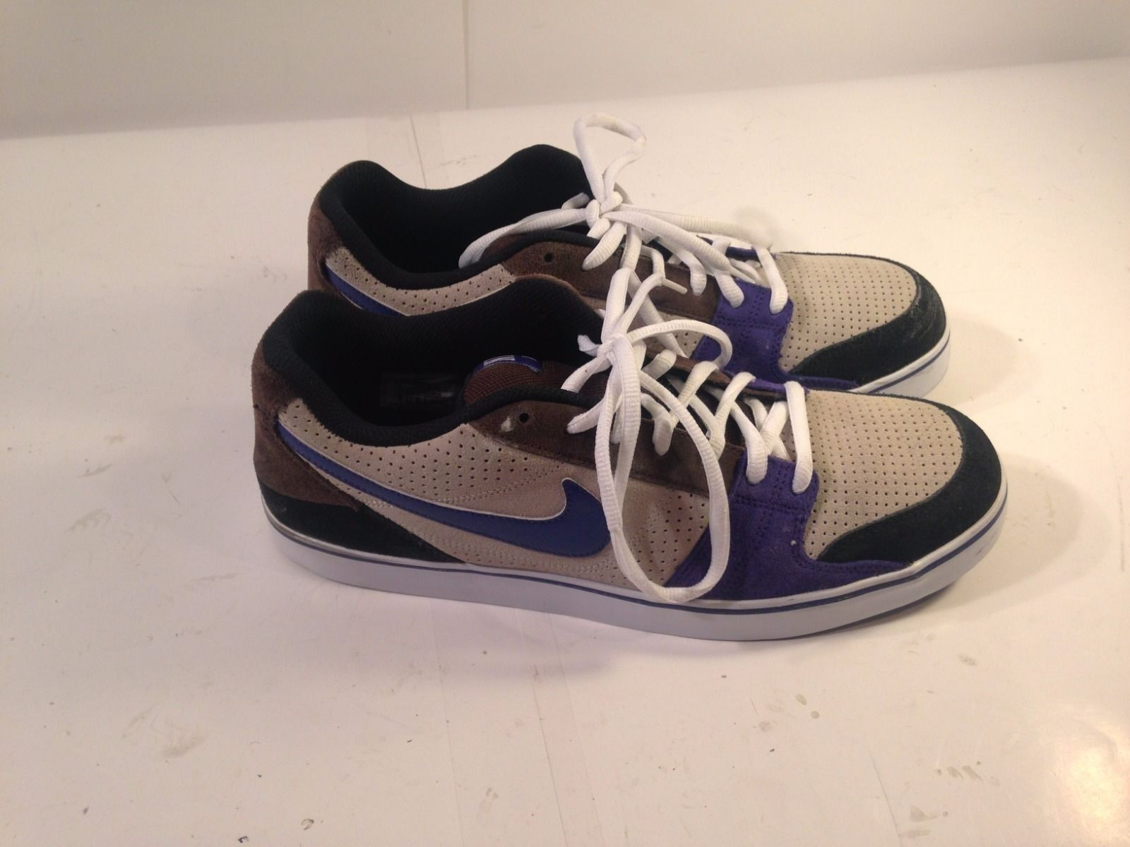 1c1c53f34a6 Men's Nike Shoe 13 Nike Granite and Purple 395770-001 Size Rukus ...