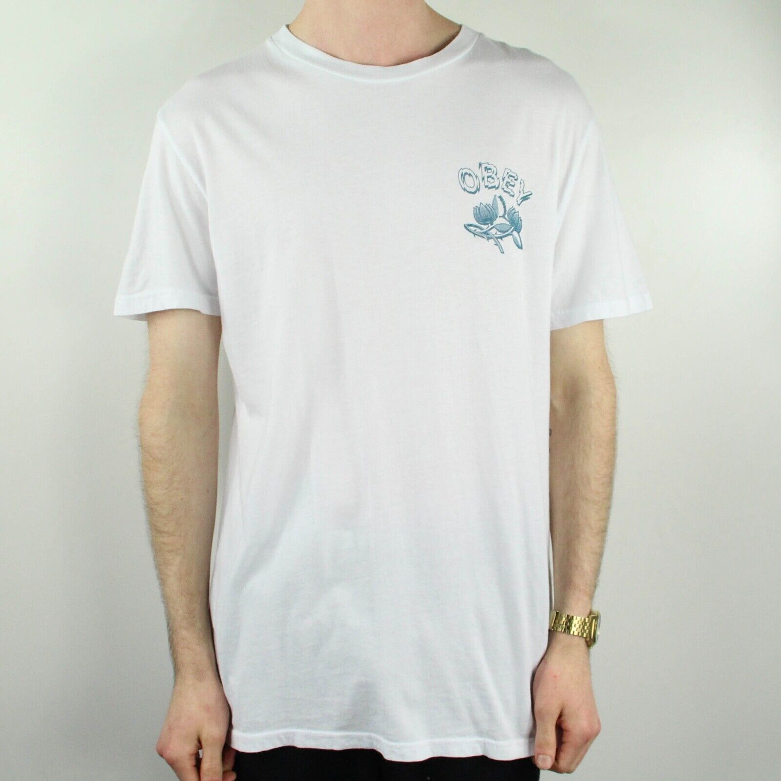 OBEY Briar T-Shirt Tee Brand New in White in size M,L