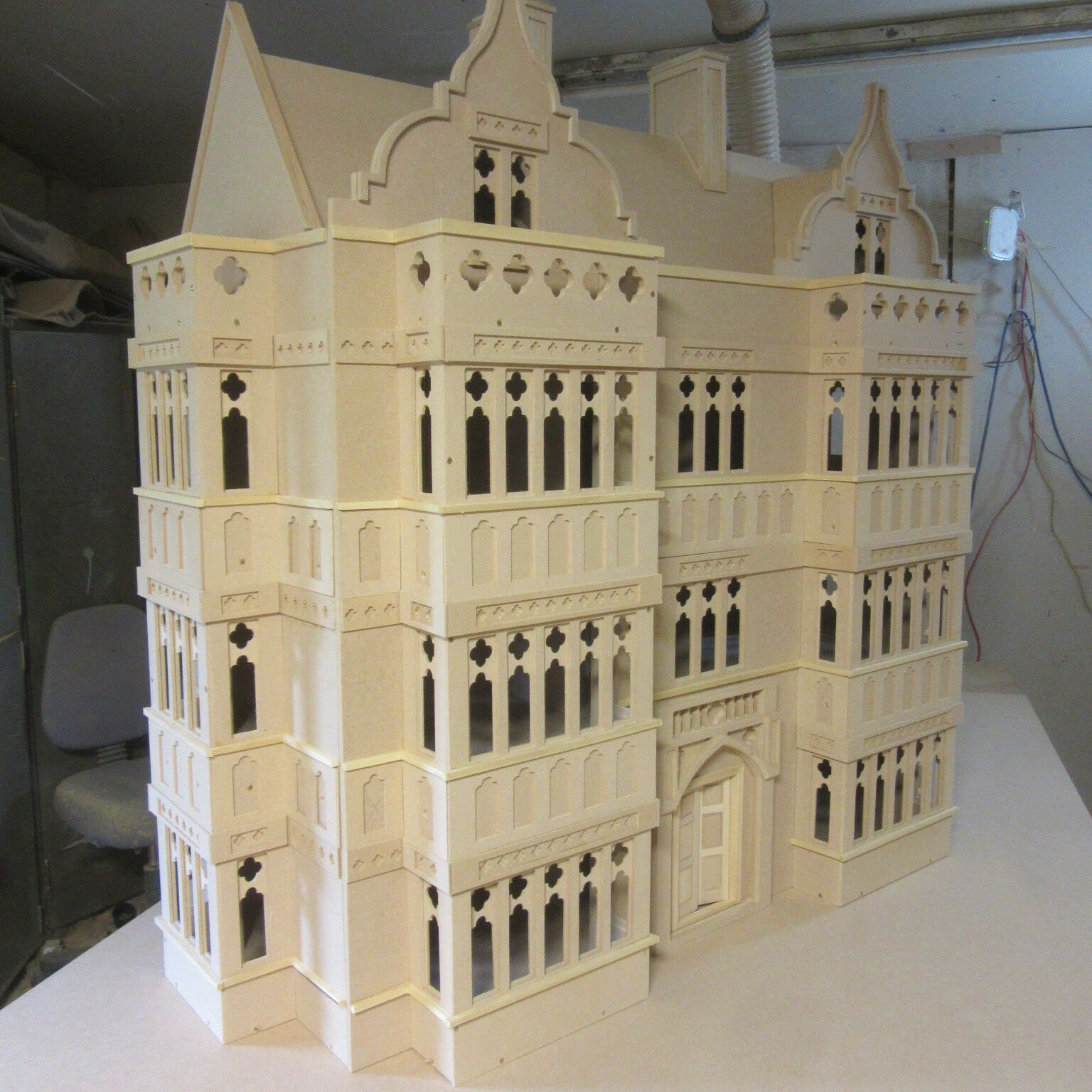 1 12 scale Dolls House The Oxford 9 room House Kit Mediaeval in style by DHD
