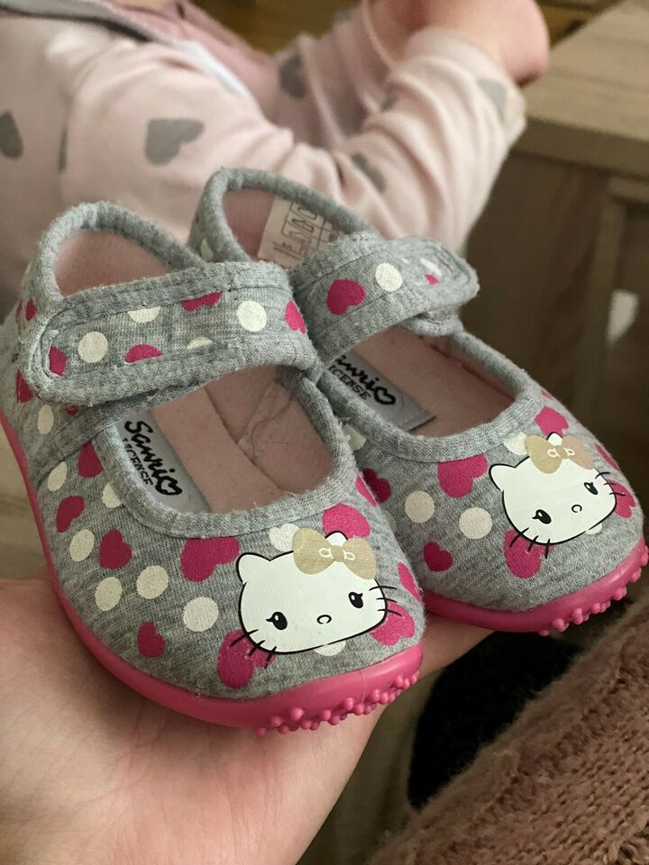 Babysko, str. 20, Hello kitty