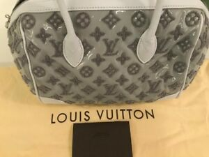 4500-Louis-Vuitton-Limited-Edition-Rose-Monogram-Bouclettes-Speedy-Round-Bag