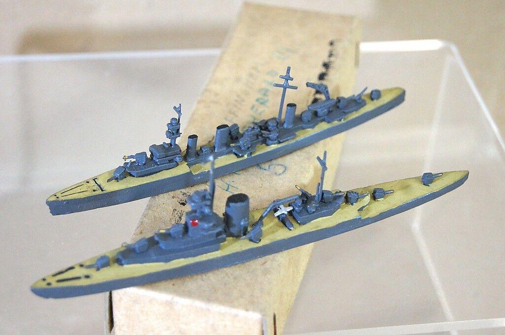 Tremo Tm HMS Emerald Effingham 1  1200 modelo de Crucero pesado y ligero de la segunda guerra mundial