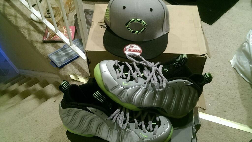 Volt Foamposites size 10.5 with matching snapback