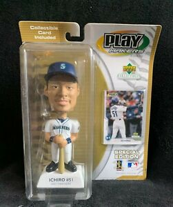 Ichiro-5-2001-Play-Makers-Special-Edition-Bobblehead-Seattle-Mariners-w-card