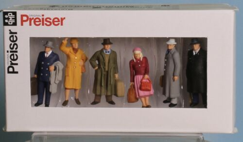 Stehende Reisende standing Passengers Spur 0  1:43,5 // 1:45 Preiser 65366