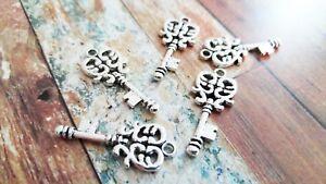10 Skeleton Key Charms Pendants Antiqued Silver Heart Keys Steampunk Keys