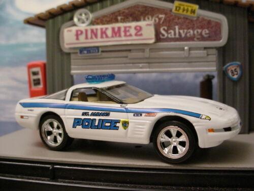 JL white '93 CHEVY CORVETTE 1993 St Albans WV POLICE ∞Johnny Lightning✿New Loose