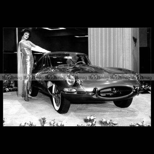 #pha.022071 Photo JAGUAR E-TYPE 1961 Car Auto
